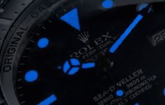 sea dweller dial chromatic light